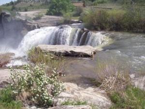 15 Lundbreck Falls (2)